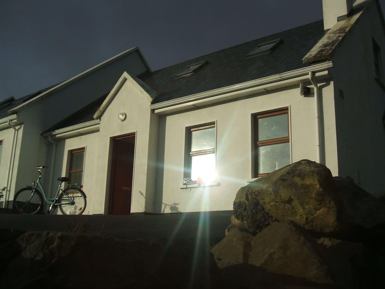 Salone Cottage