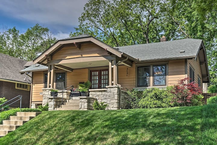 NEW! Bright Bungalow w/ Patio - Walk to Loose Park