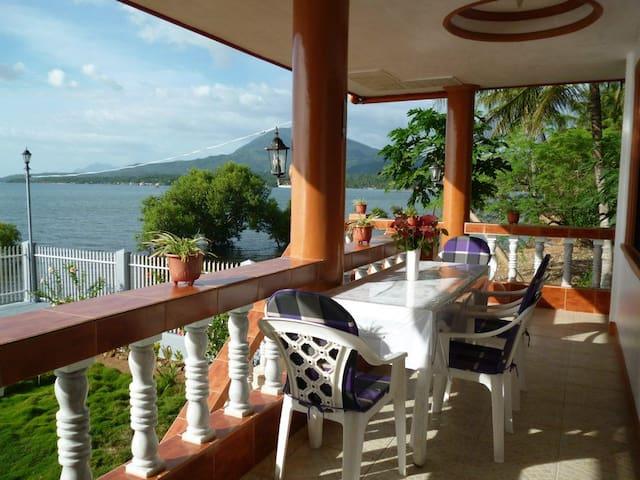 Biliran Paradise Sea Houses HL