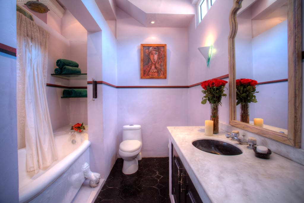 Marias Elegant Bathroom