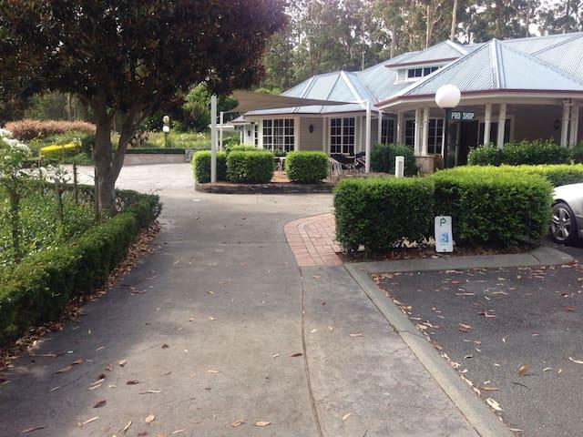 Tallwoods Village Golf Club