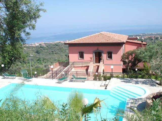 Holiday in sicily in front sea - Sant'agata di Militello - Huoneisto