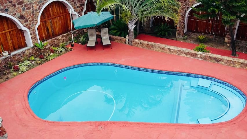 Kruger Castle Holiday Home- Free WiFi