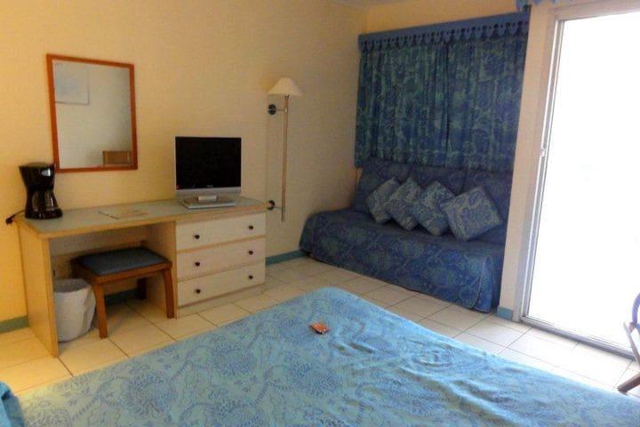 1lit 160x200 et un canapé-lit 90x180