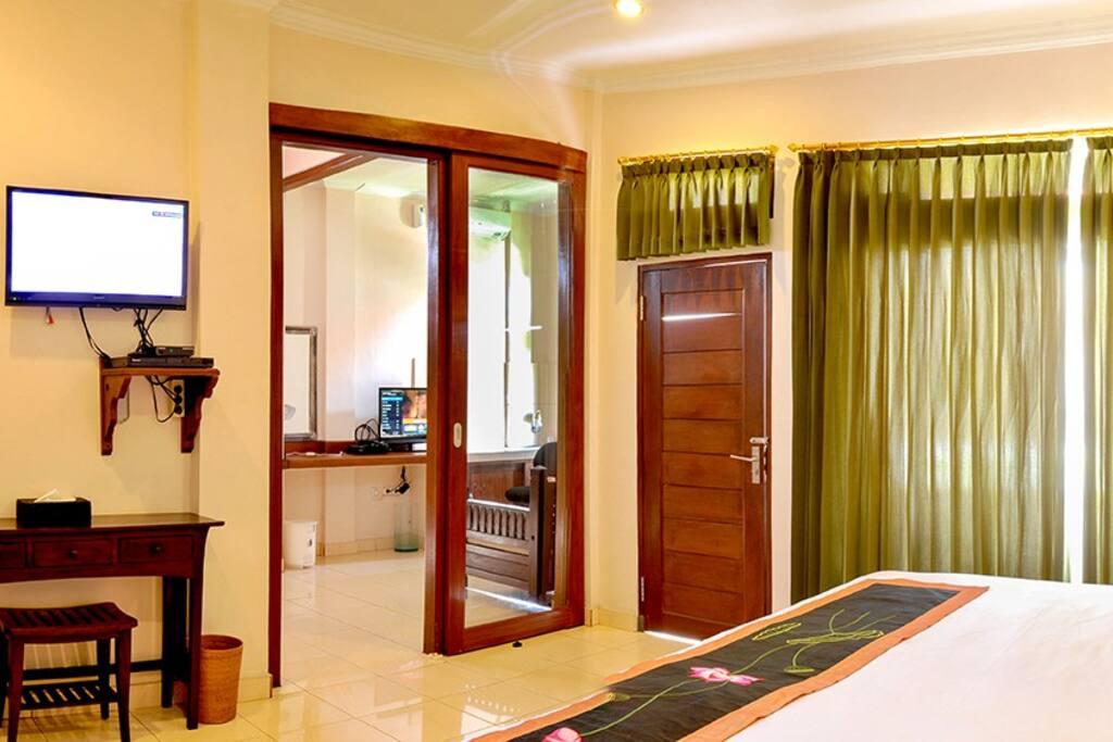 Deluxe Room (Room 3)