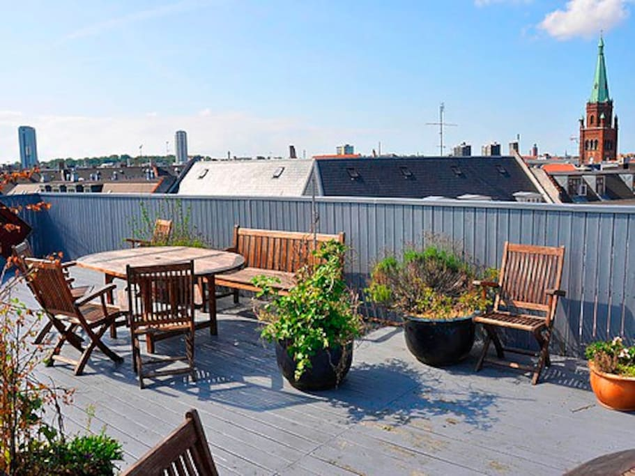 Roof terrasse facing North