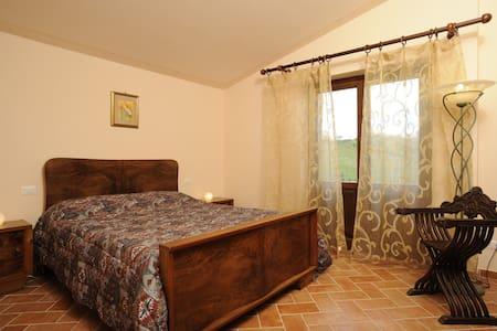 Villa Vittoria 1/2/3 ChiantiSt. 12p - Gaiole In Chianti