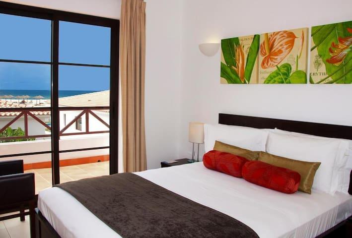 CVHolidays- Tortuga Beach Resort Villa 4
