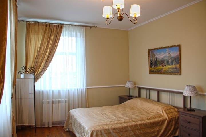 """Комната в """"Деревня Комаровка"""" - Dmitrovskiy Pogost - Huis"""