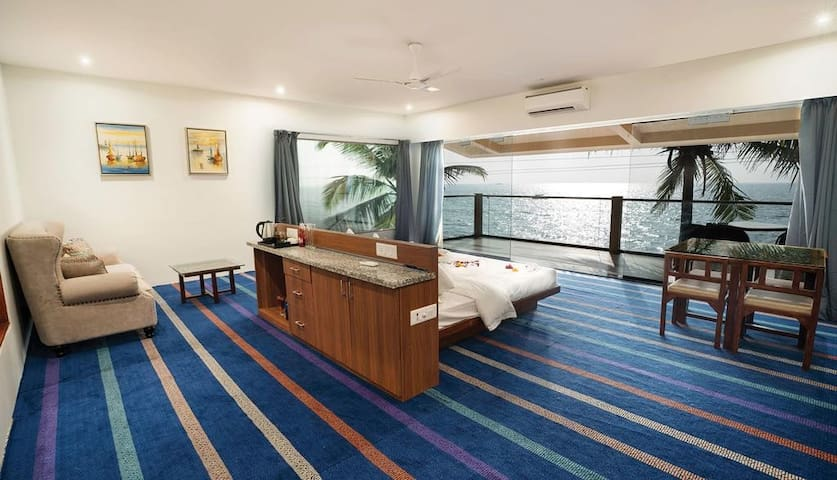 Luxury Suite rooms available at Devbaug
