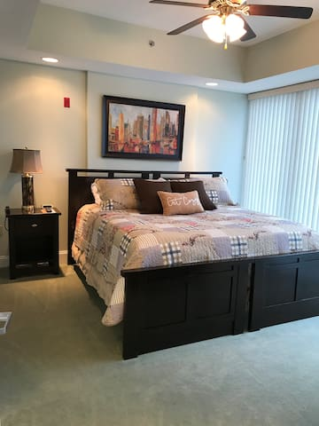 This is the master bedroom. It has a king bed with a memory foam topper for that extra level of comfort. This is 2 twins put together so it can be separated to 2 beds if requested.