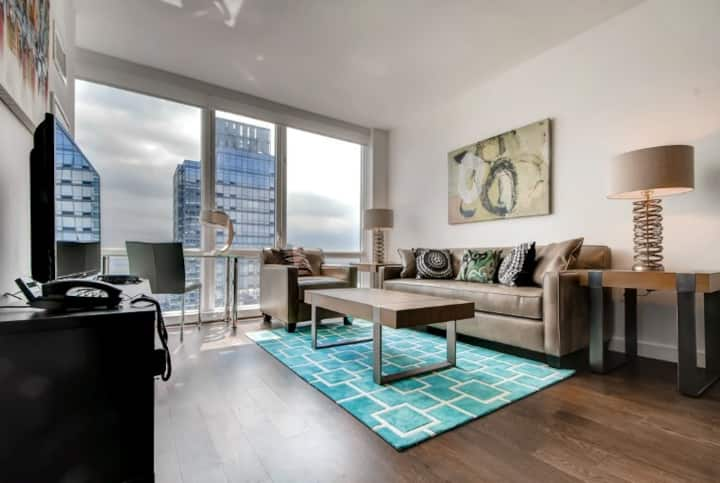 Magnificent Midtown West Medical 2BR + Gym and Spa