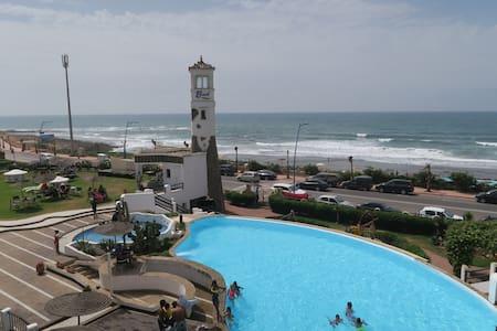 Apt Beach House avec vue mer imprenable - Tamaris