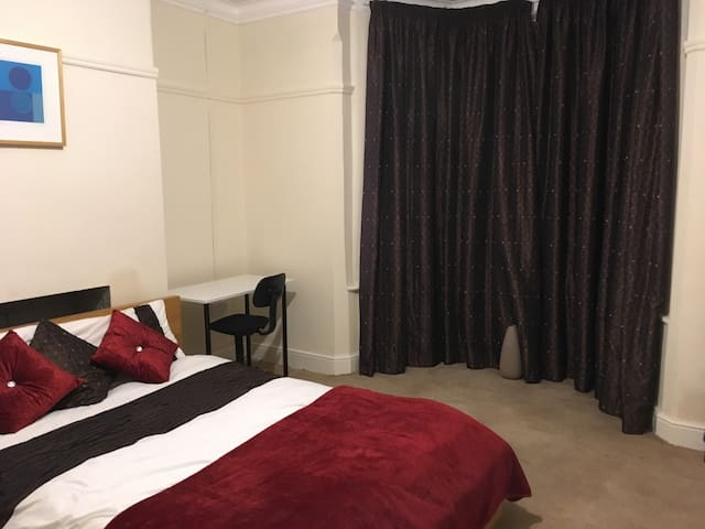 ⭐  executive, furnished double room ⭐