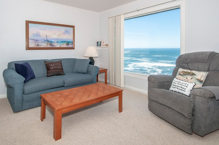 Walk Out Your Door to a Spectacular, Panoramic Oceanfront View of Depoe Bay!