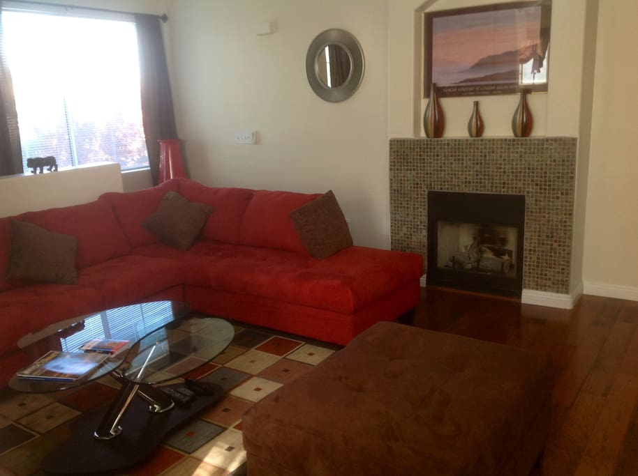 Upscale 2 Bedroom Condo Apartments For Rent In Las Vegas