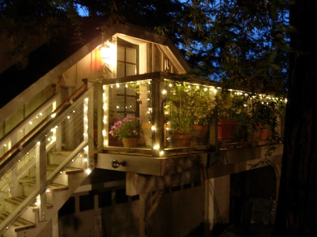 Cozy Redwood Studio in Foothills - Los Gatos - Cabana