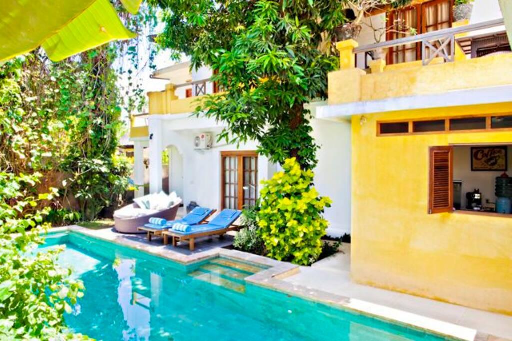 Villa Pantai Seminyak -  5RM/HOUSE