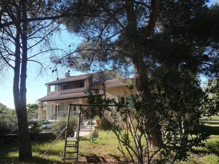 Appartement indépendant dans villa, Uzès