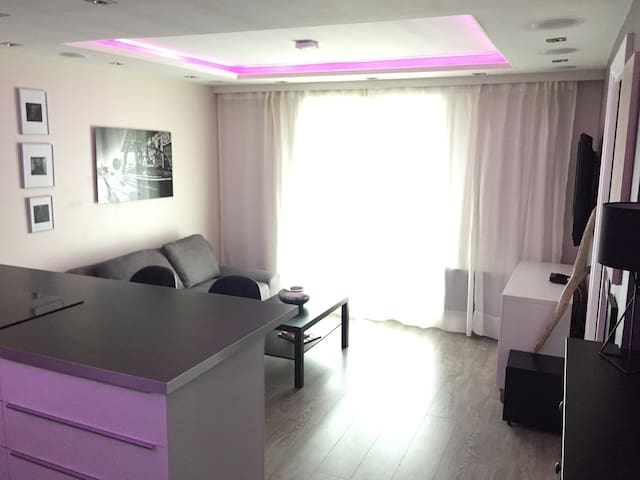 Fancy T2 Apartment 15 min from Toulousecity center - Launaguet - Leilighet