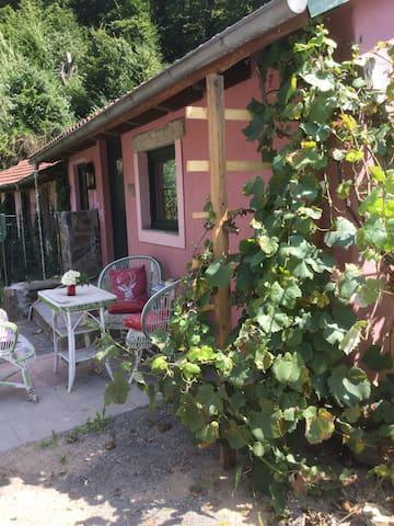 Kleines rosa Häuschen