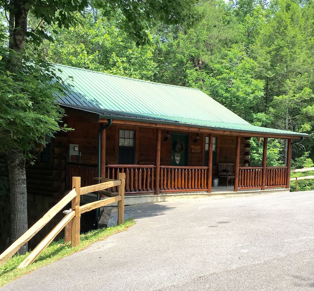 gatlinburg for rent rental lake pigeon cabins under rentals cabin in norris tn tennessee forge