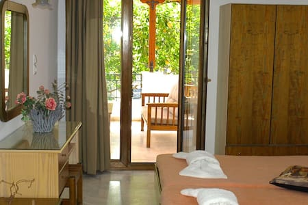 Ilian House, Studio for 3 persons - Parga - Apartemen berlayanan