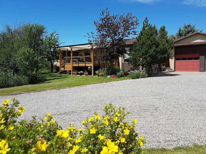 Oldman River Valley Vacation Stay