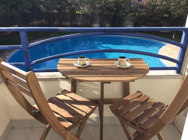 Flat with Pool near the Beach near Lisbon - Oeiras - Lägenhet