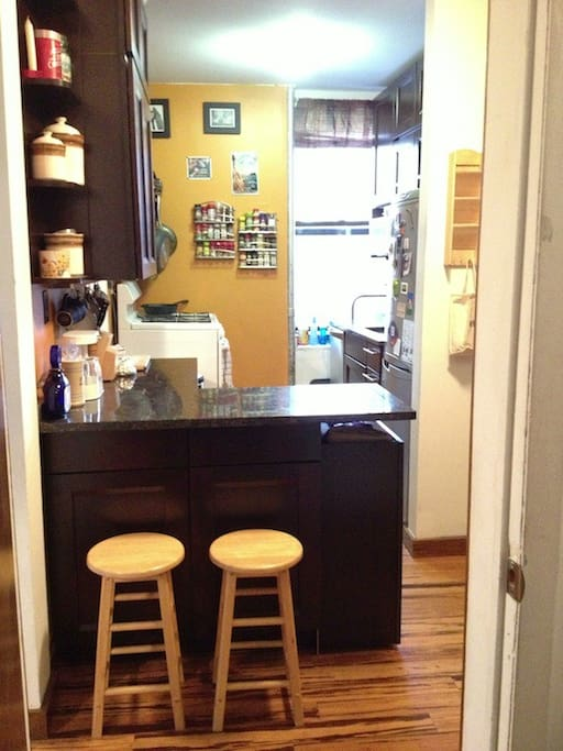 Very clean, newly-renovated kitchen with new appliances