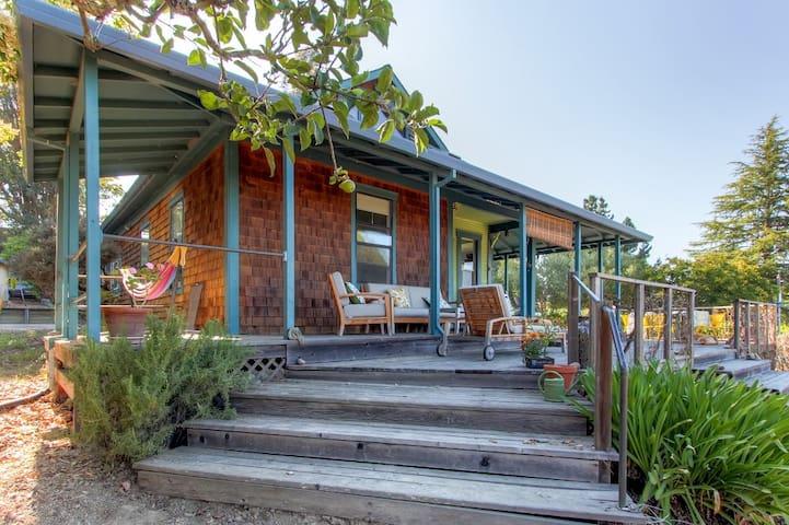 Delightful 3BR Sebastopol Farmhouse - Sebastopol - Rumah