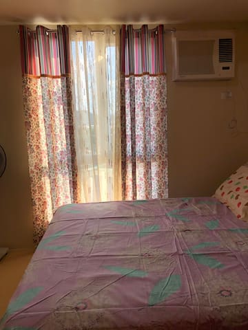 Centrio Tower Gold's Bedroom unit