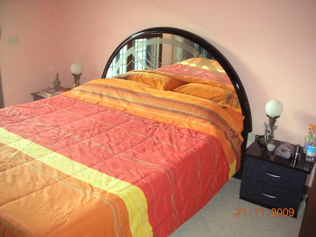 Nice and quiet apartment in Rome - Province of Rome - Apartament