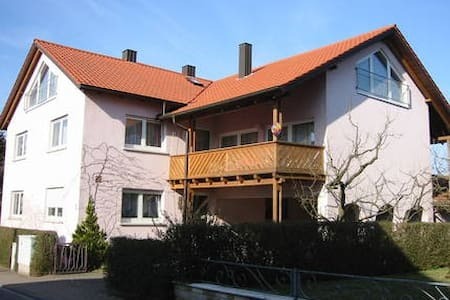 4* FEWO in Stadtlauringen Franken - Apartment