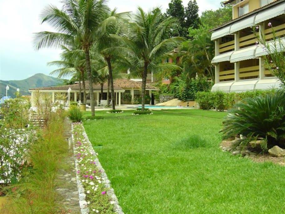 vista do jardim do condominio