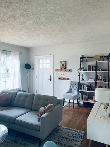 Sweetest Boho Bungalow in North Portland