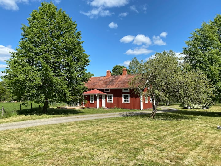 Feel free close to nature at this old farmhouse