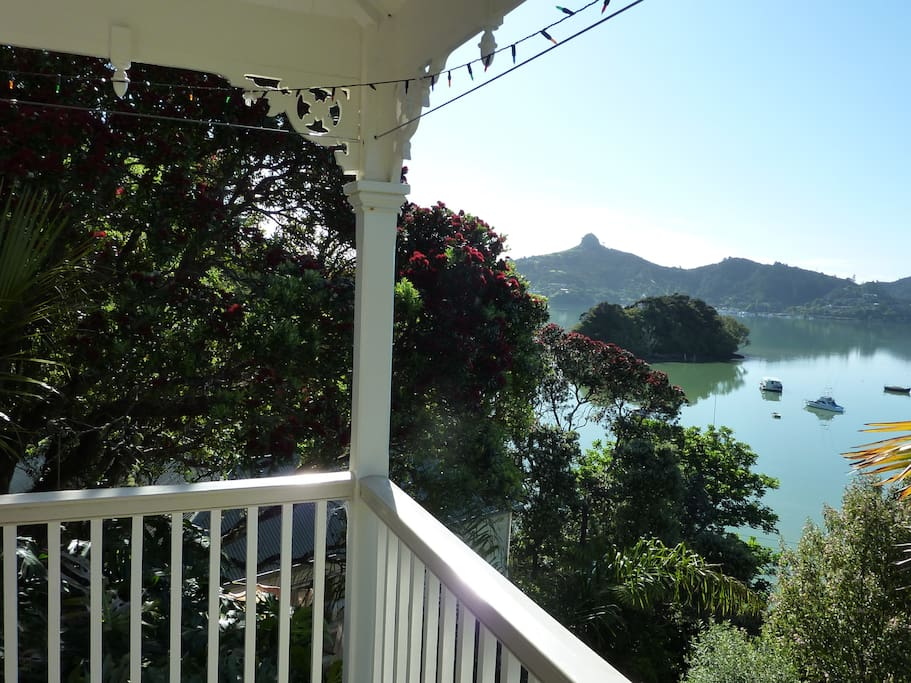 one of the views of the verandah looking over to St Pauls Rock which is great to climb.
