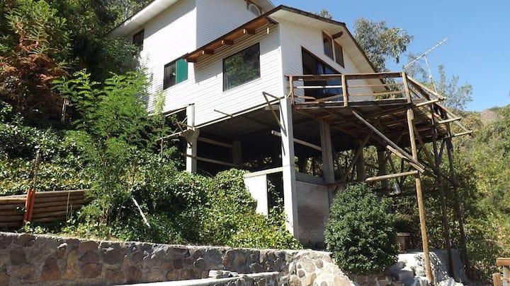 Camino al Propio, Casa Montaña Cajón del Maipo