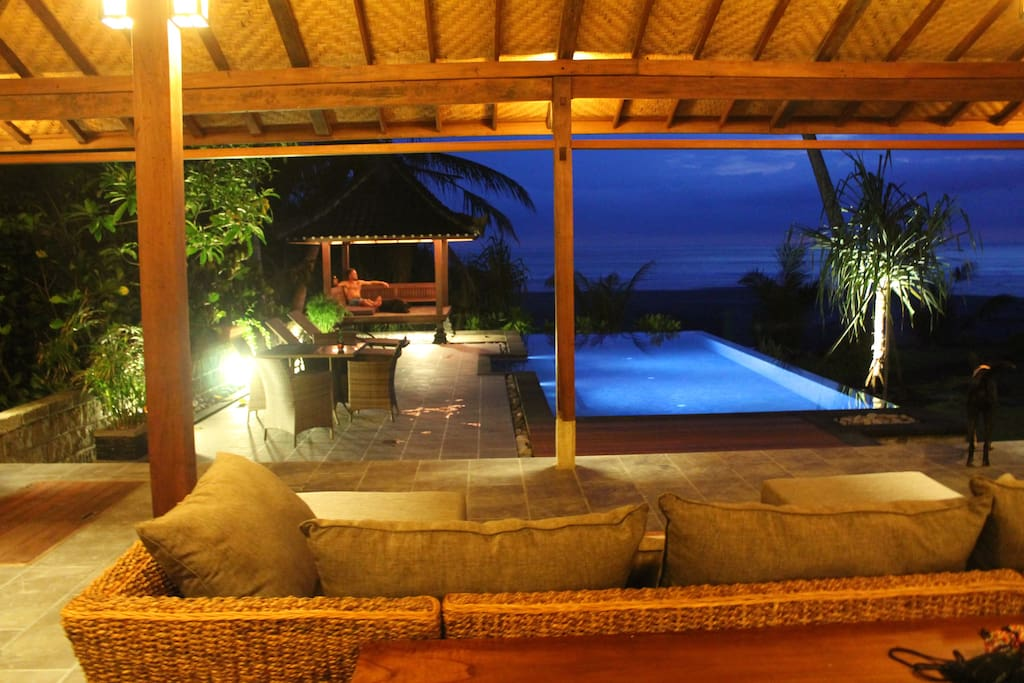 Infinity pool and deck area with amazing sunset views!
