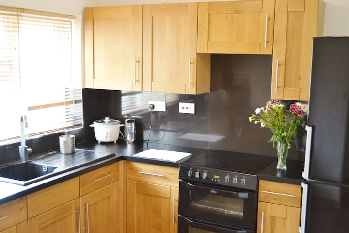 New & Modern Ninesprings Apartment  - Yeovil - Apartment