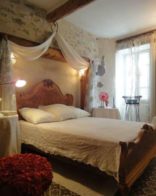 La chambre blanche case in affitto a trebes francia for Piani garage annessi con stanza bonus