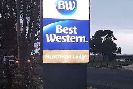Best Western Burnie Murchison Lodge - King Room