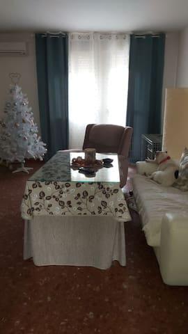 Me gustaria compartir mi casa contigo,te encantará