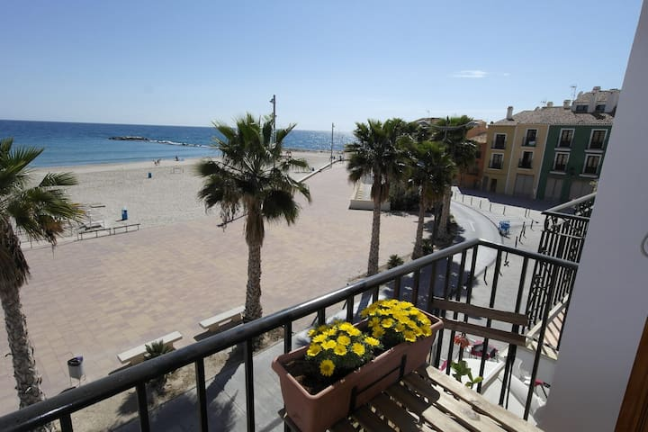 First line apartment, Arsenal 22 2 - Villajoyosa - Pis