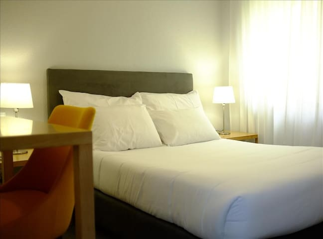 Budget Room 2pax @ Portugal Silver Coast