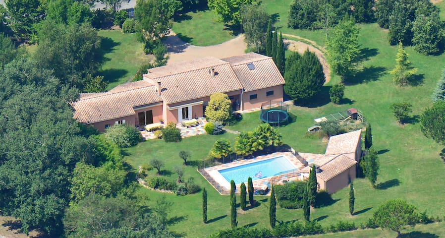 Superbe maison piscine Sud Ouest - Viterbe - Haus