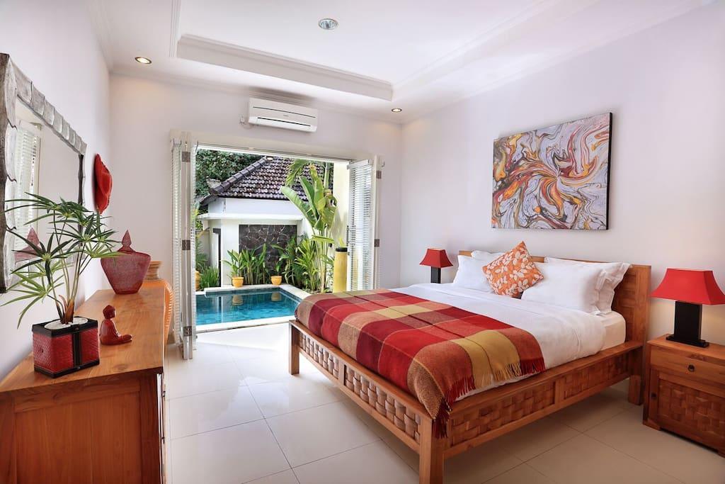 1 of 5 well decorated bedroom with en-suite bathroom