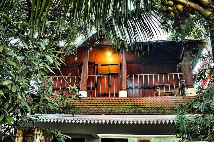 homestay with food and ayurvedic treatments