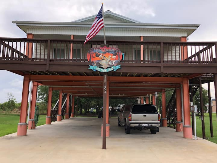 Grand Isle getaway at Camp Monkey Business